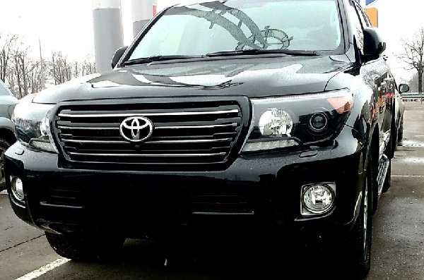 � ������������� � ��������� ������������ ������ ���������� Toyota Land Cruiser